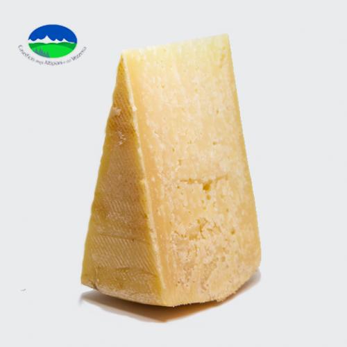 formaggio vezzena stravecchio