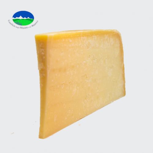 formaggio nostrano pasto
